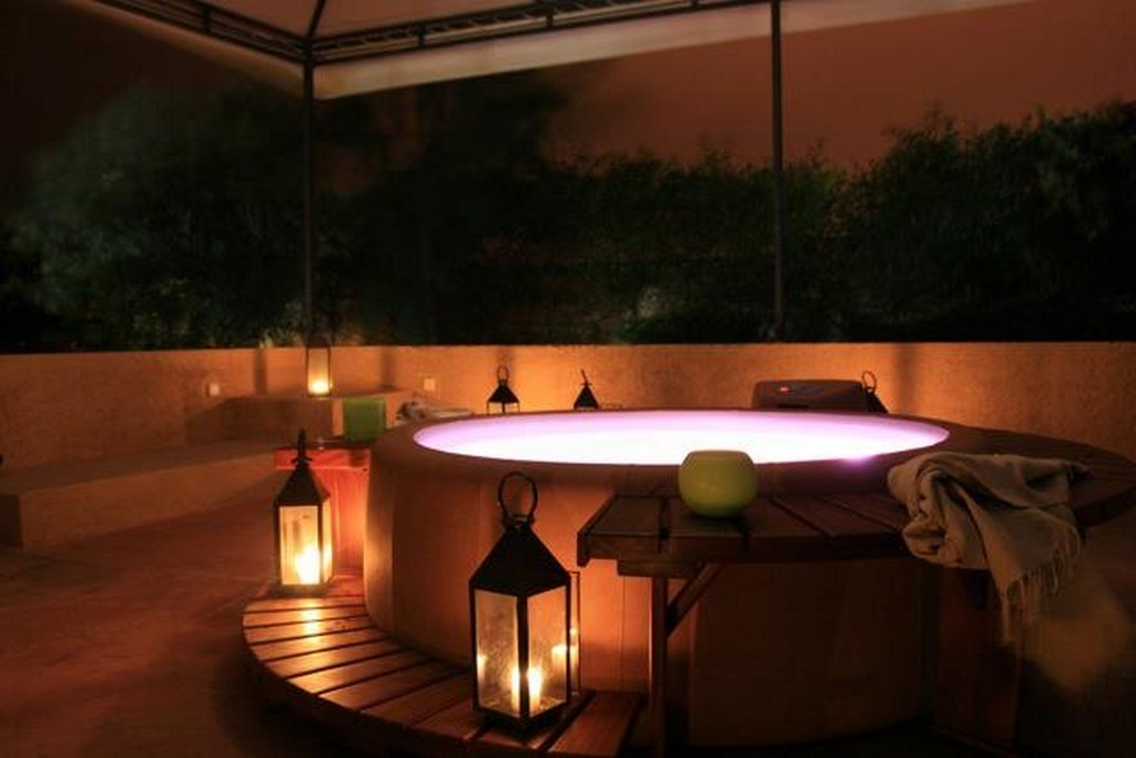 Softub hot tub with romantic lights