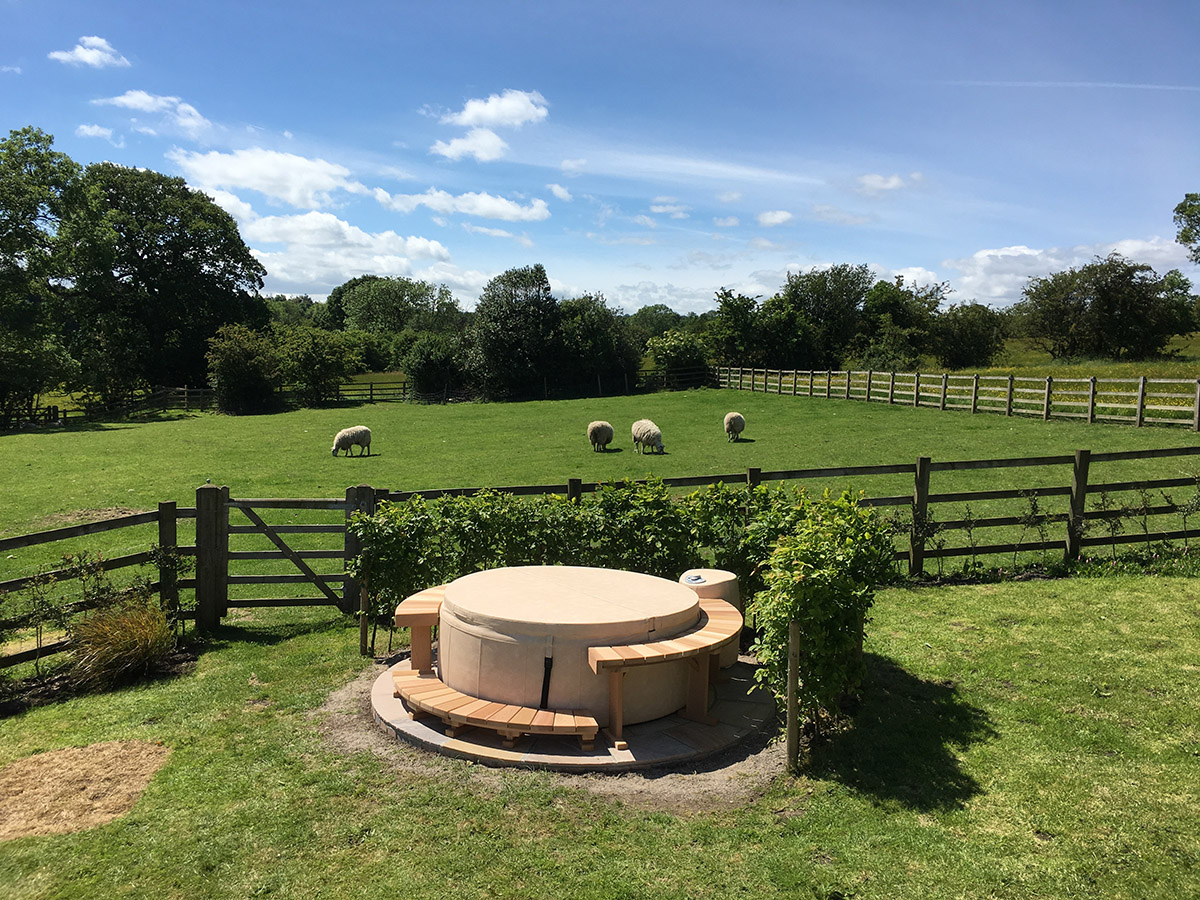 Softub hot tub in gorgeous Yorkshire countryside
