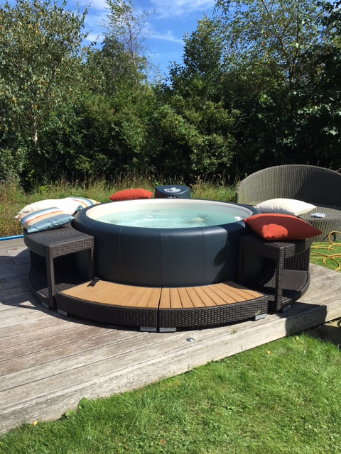 Softub hot tub in charcoal